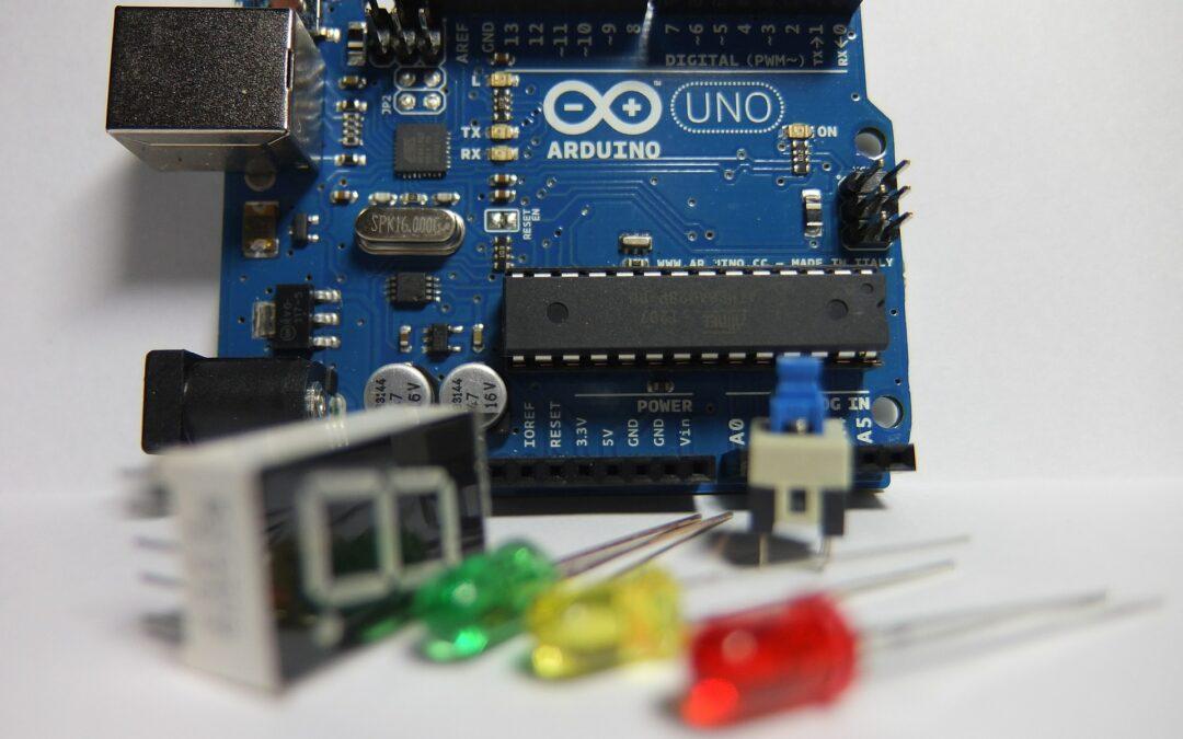 ¿Por qué aprendemos robótica con Arduino?